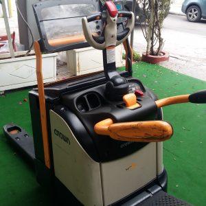 Ηλεκτροκίνητο παλετοφόρο με πλατφόρμα - Crown WT 3040