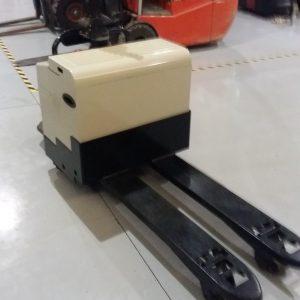 Ηλεκτροκίνητο παλετοφόρο με πλατφόρμα - EP EPT 2020E