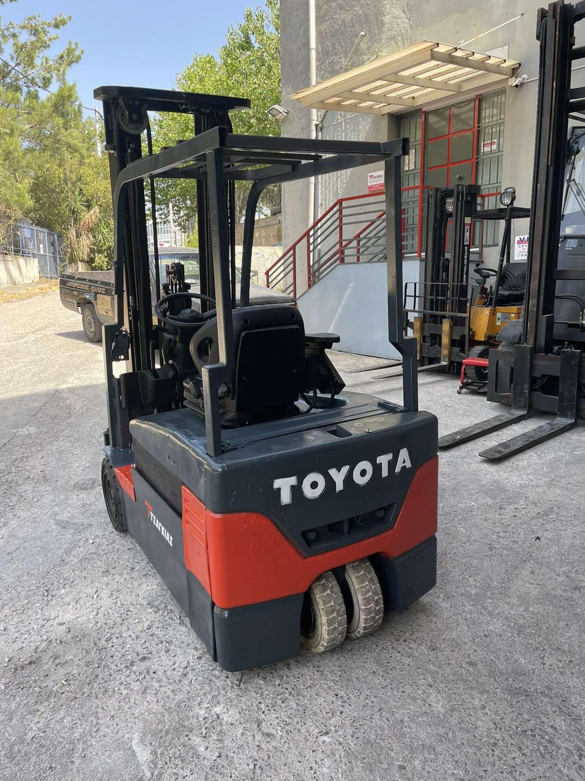 Ηλεκτρικό Κλάρκ – Toyota 7FBEF18